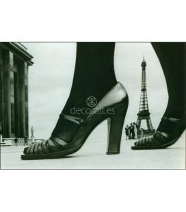 Zapato y torre Eiffel, Paris, 1974